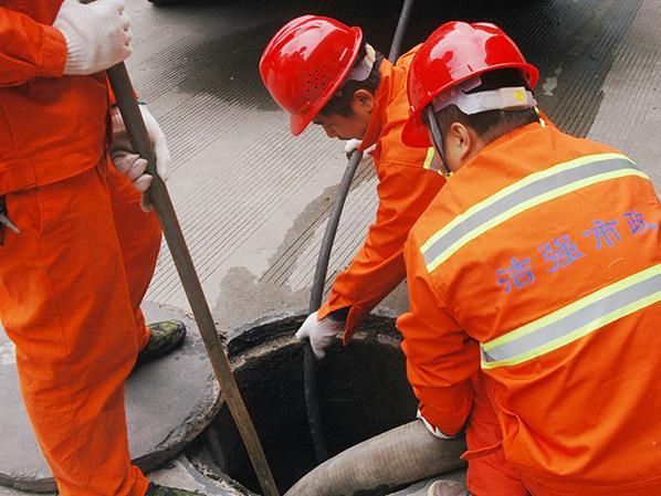 港珠澳大桥基地管网清理泥沙工程