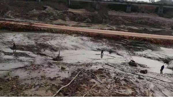 河道清淤工程中机械的作用?